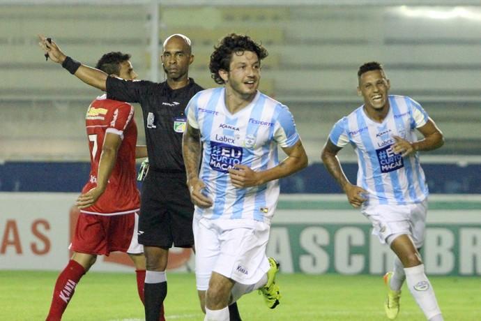 Fernando Neto comemora gol, Macaé x Mogi Mirim (Foto: Tiago Ferreira/ Macaé Esportes)