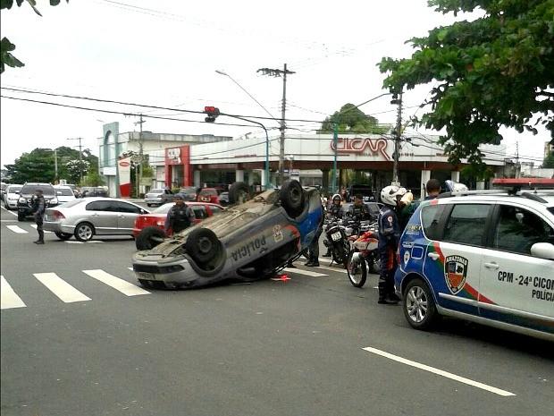 Acidente ocorreu entre a Av. Joaquim Nabuco e a Rua Japurá (Foto: Manaustrans/Divulgação)