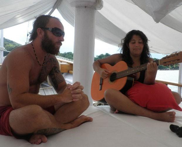 Nem durante as férias Livia abandona a música (Foto: Arquivo pessoal)