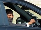 Rei sul-africano da etnia de Mandela é condenado a 12 anos de prisão