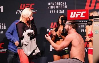 UFC tem pedido de casamento em cima do palco durante pesagem morna
