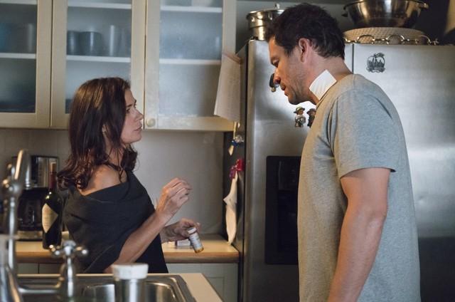 Maura Tierney e Dominic West em 'The Affair' (Foto: Reprodução)