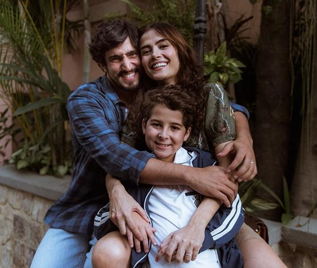 Maria Casadevall, Luiz Felipe Melo e Renato Góes em cena de Os dias eram assim (Foto: Globo/Mauricio Fidalgo)