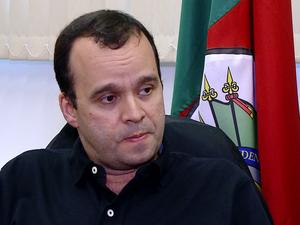 Delegado Eduardo Flores Machado, delegacia Agudo (Foto: Reprodução/RBS TV)