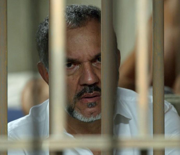 Germano vai parar atrás das grades (Foto: TV Globo)