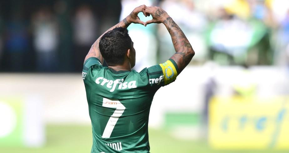 Atuações do Palmeiras: Dudu participa dos quatro gols e comanda virada
