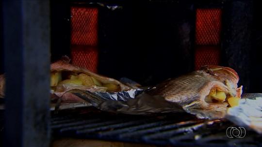 Veja receita de caranha recheada com batata, sucesso em peixaria