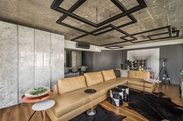 Bege, cinza e preto trazem sofisticação a apartamento de 118 m² (Foto: Vanessa Bohn)