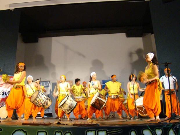 Nação Maracahyba se apresenta no anfiteatro (Foto: Divulgação/Secom-JP)