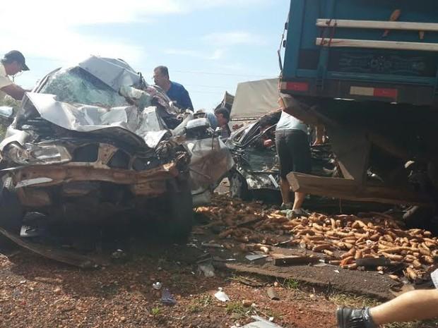 Veículo envolvido em acidente que ocorreu nesta terça-feira (11) (Foto: Divulgação Polícia Civil/MS)
