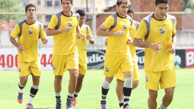 Jogadores do Ceará treinam em Porangabuçu (Foto: Divulgação/Cearasc.com)