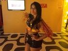 Ex-BBB Priscila Pires aparece mais magra em camarote na Sapucaí
