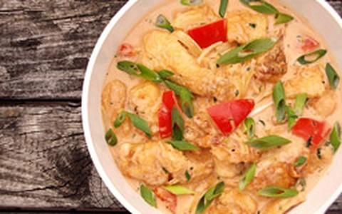 Moqueca thai: receita leva gengibre e cogumelos