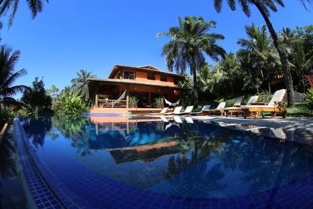 Casa na Bahia é ideal para quem busca sossego. Abriga até 8 pessoas (Foto: Divulgação / AlugueTemporada)