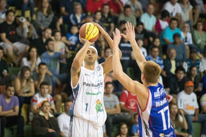 Jefferson William, Bauru Basquete, Limeira, Paulista (Foto: Caio Casagrande / Bauru Basket)