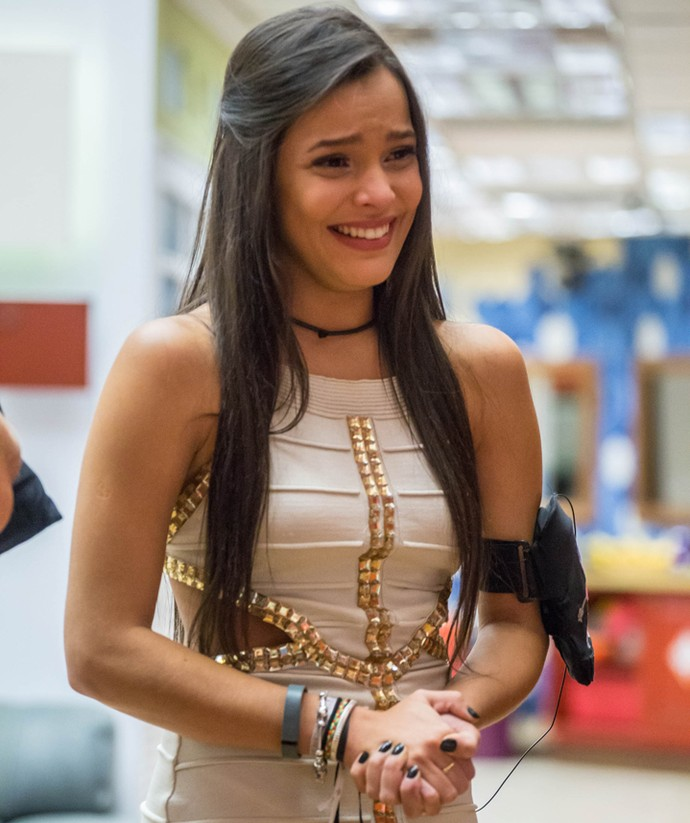 Emilly se emociona na grande Final do BBB17 (Foto: Globo/Paulo Belote)