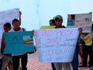 Três moradores de Bento Rodrigues, entre eles Antônio Prisco, fazem parte da lista de desaparecidos (Foto: Reprodução/TV Globo)