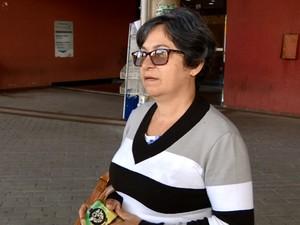 A diarista Francisca Bessa no terminal de Paulínia   (Foto: Reprodução EPTV)