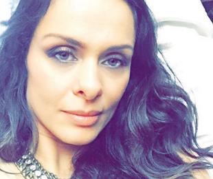 Aos 40, ela lança canal na web e diz: 'Quero envelhecer bonita' (Reprodução)