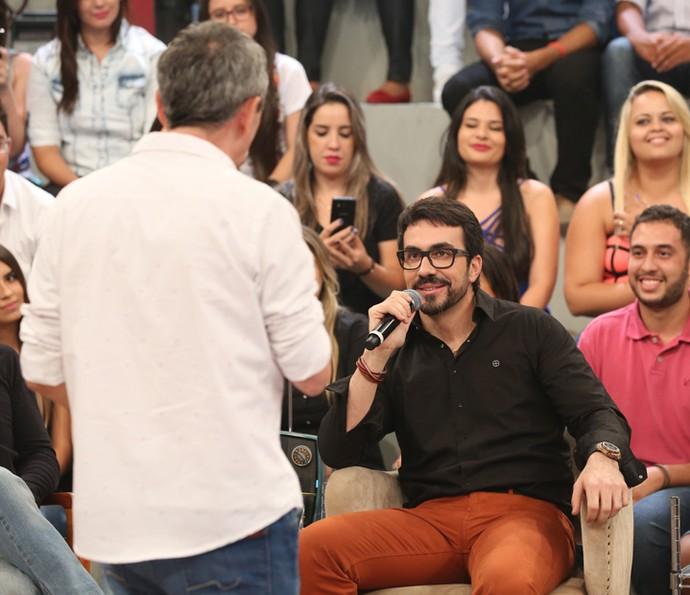 Padre Fabio de Melo é entrevistado por Serginho Groisman (Foto: Carol Caminha/Gshow)