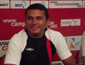 Roberto Farias, preparador físico do Campinense (Foto: Silas Batista/ GloboEsporte.com)