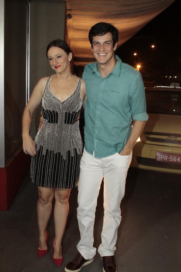 Paula Braun e Mateus Solano (Foto: Isac Luz / EGO)