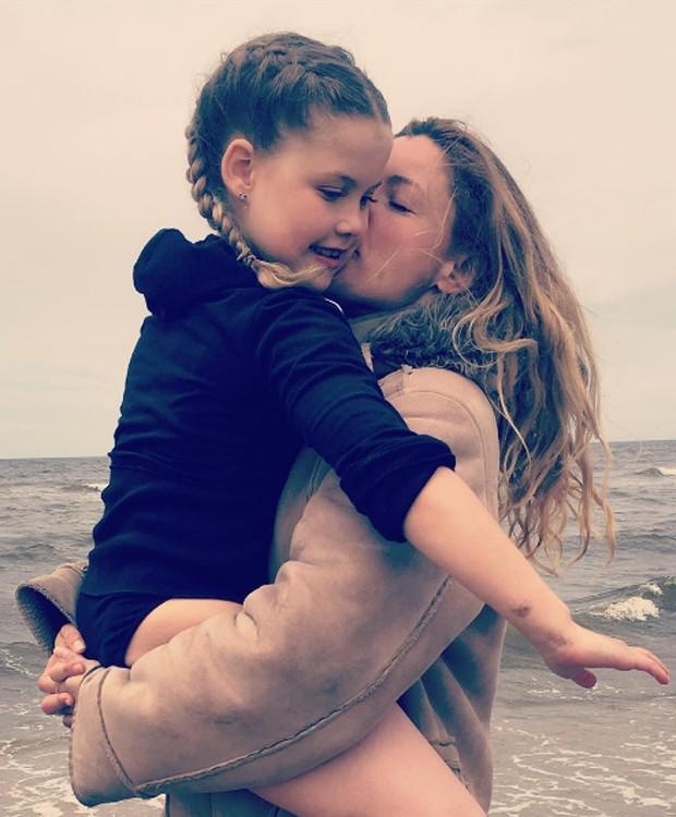 Fantine e a filha, Christine (Foto: Reprodução/Instagram)