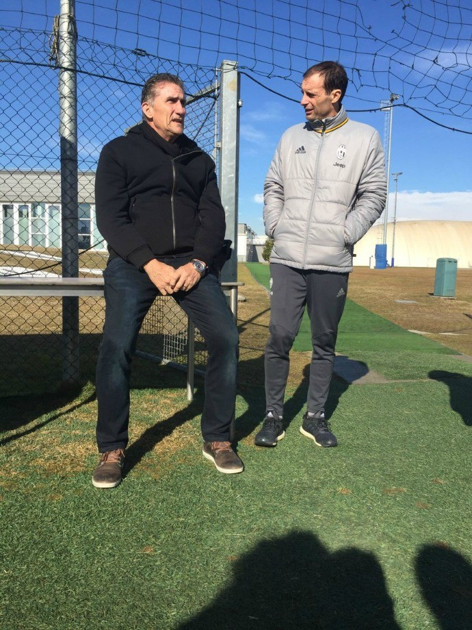 BLOG: Edgardo Bauza visita treino do Juventus e conversa com Massimiliano Allegri