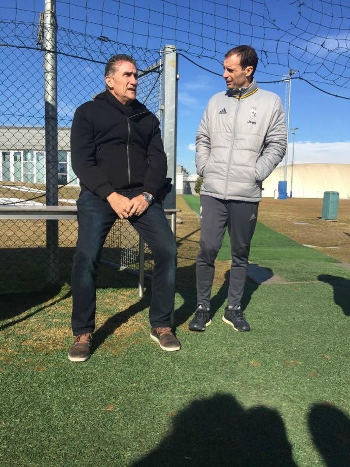BLOG: Edgardo Bauza visita treino do Juventus e conversa com Massimiliano Allegri