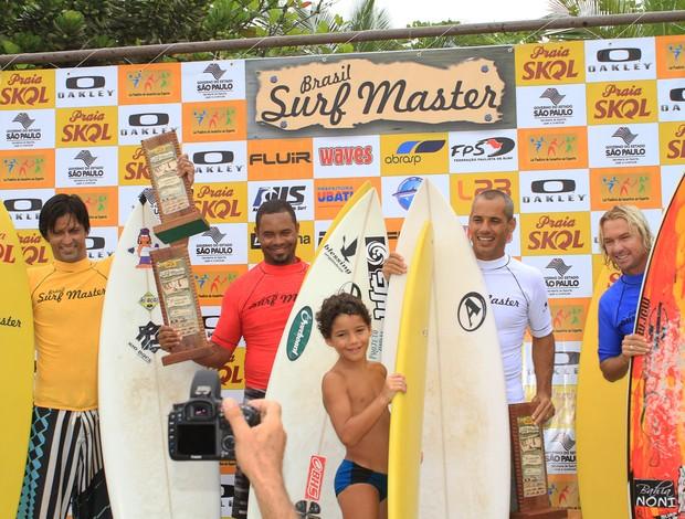 Joca Júnior é campeão do Brasil Surf Master (Foto: Renato Boulos/Divulgação)