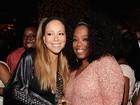 Com tipoia, Mariah Carey vai a première de filme em Nova York
