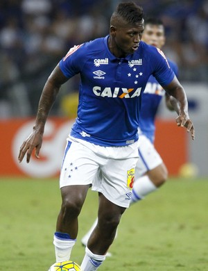 Riascos Cruzeiro (Foto: Washington Alves/ Lightpress)