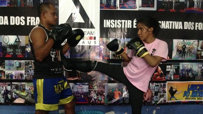 Davina Maciel é conhecida por ter sido a 1ª amazonense a participar de uma luta oficial de MMA (Foto: Alírio Lucas)