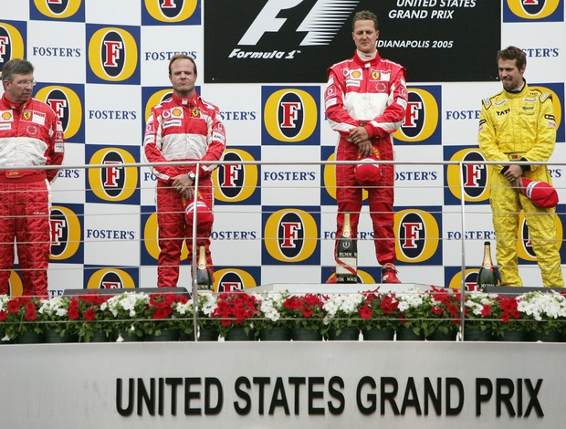 Ross Brawn Rubens Barrichello Michael Schumacher Tiago Monteiro pódio GP Estados Unidos Fórmula 1 2005 (Foto: Agência Getty)