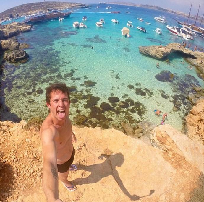 Bernard na praia (Foto: Reprodução / Instagram)