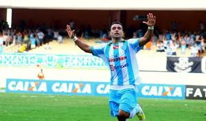 Bruno Veiga contra o Tupi, no Mangueirão (Foto: Fernando Torres/Ascom Paysandu)