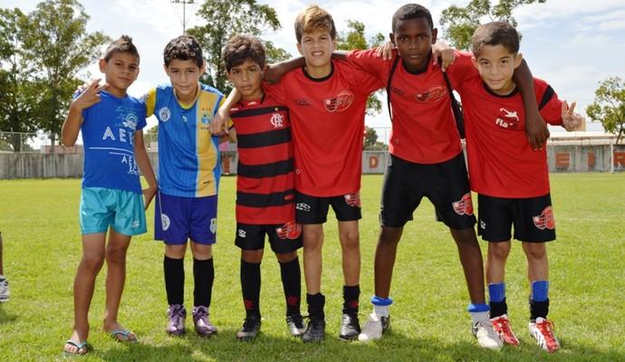 Seis dos oito garotos que passaram na peneira para realizar testes no Rio de Janeiro (Foto: Arquivo Pessoal)