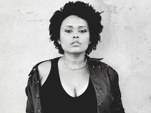 Hanna Paulino é vocalista de três bandas em Macapá (Foto: Camila Karina/Divulgação)