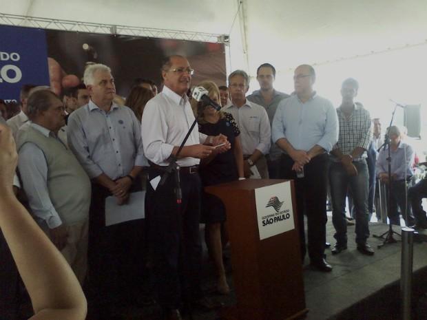 Geraldo Alckmin inaugurou estação de tratamento de esgoto em Boituva (SP). (Foto: Carlos Alberto Soares / TV TEM)