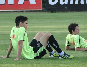 Lima, zagueiro do Atlético-MG (Foto: Fernando Martins / Globoesporte.com)