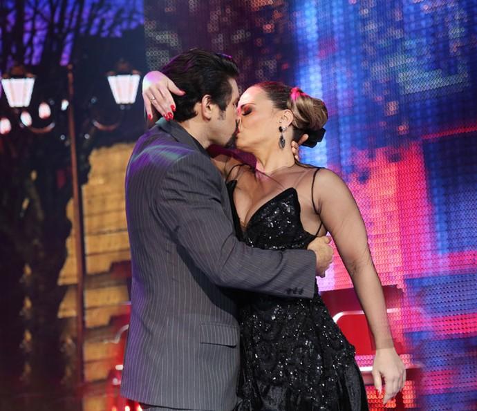 Viviane Araújo e Marcelo Grangeiro encerram participação no Dança com beijo na boca (Foto: Carol Caminha/Gshow)