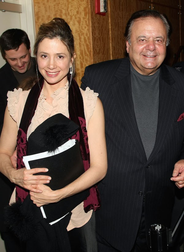 A atriz Mira Sorvino com o pai, o ator Paul Sorvino (Foto: Getty Images)