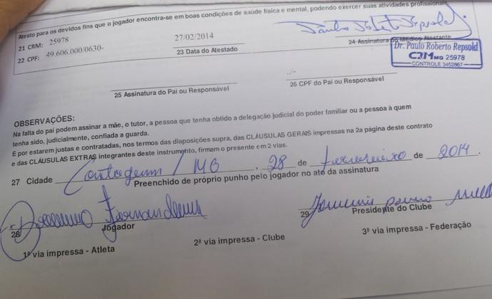 Contrato Bruno (Foto: Diogo Finelli)