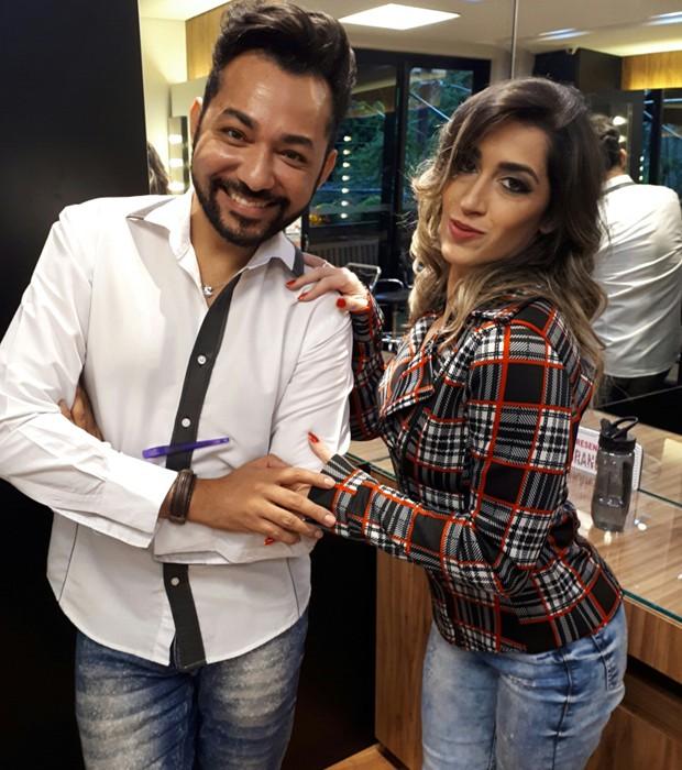 Danielle Hypolito e o hair stylist Nandho Brandão (Foto: Renato Cipriano)