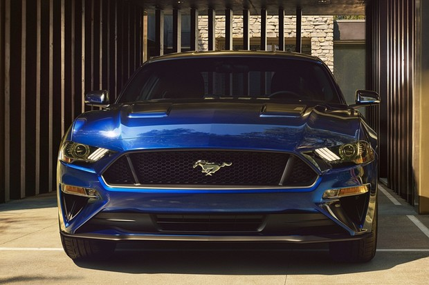 New Ford Mustang V8 GT with Performance Package in Kona Blue (Foto: Divulgação)