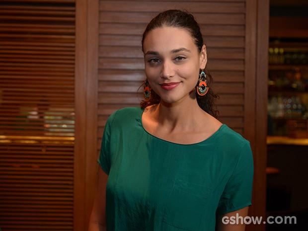 Debora Nascimento chegou linda para a festa (Foto: Fábio Rocha/TV Globo)