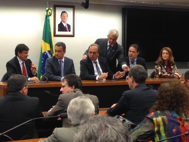 Governadores falam sobre a CPMF após reunião com o presidente da Câmara (PMDB-RJ) (Foto: Marianna Holanda/G1)