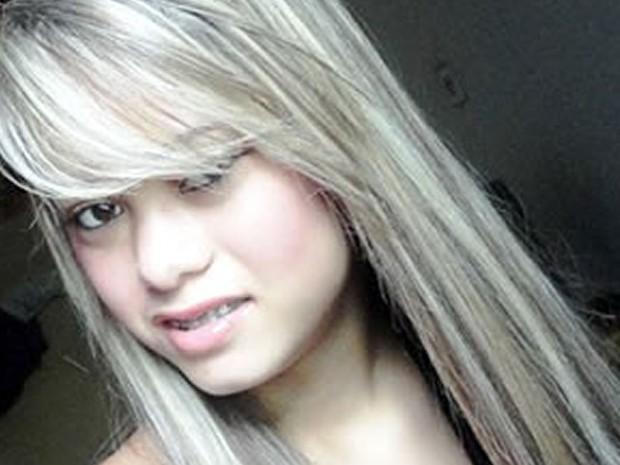 Maiana Mariano, de 17 anos, foi assassinada em dezembro de 2011 (Foto: Arquivo pessoal)