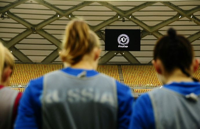 Itália e Rússia Torneio Internacional de Manaus homenagem à chape (Foto: Mauro Neto/Sejel)