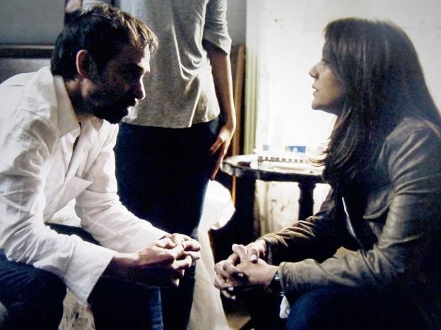 Oswaldo faz declaração bombástica a Rosa (Foto: O Rebu / TV Globo)